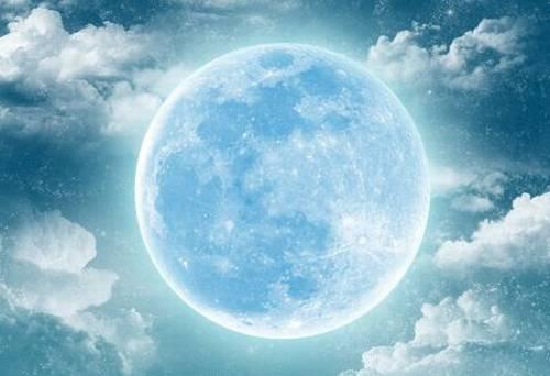 la luna piena roganti cristiano